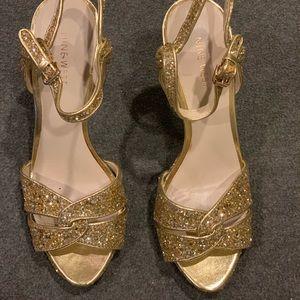 Nine West gold glitter platform sandals